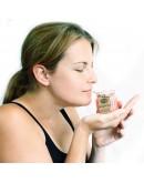 Lumânare Parfumată din Soia cu Aromă de Honeysuckle (Loniceră)